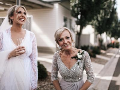 wedding-flowers-to-wear-400x300-1
