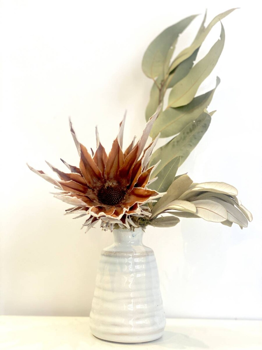 Simplicity Everlasting Dried Flowers | Thrive Flowers & Events: Sustainable Flower Delivery Melbourne